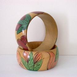 Vintage Wood Bangle Bracelet Pair Handpainted Flowers Taiwan ROC 1970s